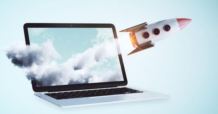 Fusée sortant d'un écran d'ordinateur. Pour le nouveau site internet de Roy Métivier Roberge syndic